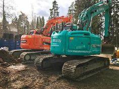 Perjantai piristys, uudella värillä kevääseen 👍🏼😎  #kobelco #doosan #excavator #leica #indexator #imsohappy #grävmaskin Heavy Construction Equipment, Leica, Tractors, Vehicles, Car, Vehicle, Tools