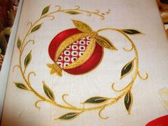 Pomegranate, goldwork embroidery - Stitches in Time Jacobean Embroidery, Silk Ribbon Embroidery, Embroidery Patterns, Embroidery Stitches, Jewish Crafts, Jewish Art, Pomegranate Art, Pomegranate Drawing, Pomegranate Tattoo