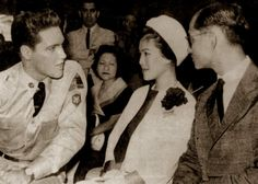 Elvis with the Queen and King of Thailand on the set of G-I blues spring 1960.
