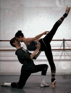 Couple Dance Photography, Ballet Photography, Partner Yoga, Modern Dance, Contemporary Dance, Ballet Couple, Dancing Couple, Dance Baile, Dance Poses