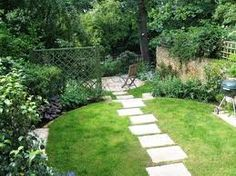 common element in small designs: screen at one side to create another space (lattice, hedge, stone)