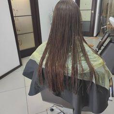 Wet Hair, Hair Cuts, Fashion, Haircuts, Moda, Fashion Styles, Hair Style, Fashion Illustrations, Haircut Styles