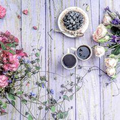 Flowerscoffee☕️cakeWeekend treats-Blueberry Custard Tart xxx hope you are having a lovely one xxx #sweetvintageflorals #vintagelaceandroses #antique_r_us #still_life_gallery #tv_stilllife #coffeeandseasons #teaandseasons #cups_are_love #mystory_cups #cupsinframe #inspiredbypetals #prettycreatvestyle #tea_cup_tuesday #ccseasonal #botanicalforagersunitedsocietyinc #stilllifegallery #shabbychicdecor #moodforfloral #adoremycupofcoffee #9vaga_stillife9 #softdreamyphotography #beautyyouseek #p...
