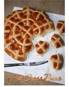 Hot Cross Buns - Piccoli panini per la colazione direttamente dalla tradizione pasquale anglosassone