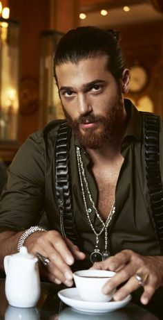 Beautiful Men Faces, Beautiful Smile, Gorgeous Men, Turkish Men, Turkish Actors, Hot Cowboys, Best Poems, She Quotes, How To Look Handsome