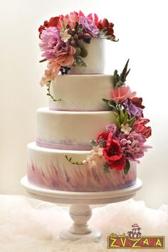Hand painted wedding cake, with flowers on cake made by Maria sugarart and Nasa Mala Zavrzlama