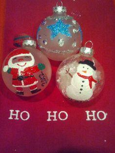 Acrylic paint shaken up inside clear christmas bulbs do it home made christmas ornaments clear bulbs with filled with fake snow christmas bulbsdiy solutioingenieria Images