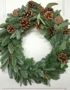 Christmas Wreaths, Diy Projects, Holiday Decor, Home Decor, Decoration Home, Room Decor, Handyman Projects, Handmade Crafts, Home Interior Design