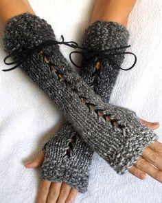 Fingerlose Handschuhe stricken Grautöne lange Korsett von LaimaShop