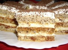 Prajitura cu foi si zahar ars Romanian Desserts, Romanian Food, Romanian Recipes, Food Cakes, Cakes And More, Cake Recipes, Biscuits, Sweet Treats, Food And Drink