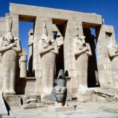 Egitto, Antica Tebe, Ramesseum  Fonte: Fotopedia