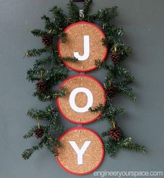 Christmas Decorating Ideas: Front Door Decoration