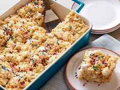 Marshmallow Crispy Treats Recipe : Ree Drummond : Food Network - FoodNetwork.com. These are THE best Rice Krispie Treats you will ever taste! :)