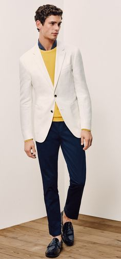 Every man desires to have a physique, style and outfit like a fashion model to look the best amongst all. Here is a style guide for men to get the look.