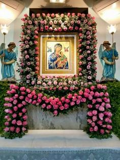Flower Arrangement Designs, Church Flower Arrangements, Church Flowers, Beautiful Flower Arrangements, Funeral Flowers, Beautiful Flowers, Mother Of Christ, Blessed Mother Mary, Blessed Virgin Mary