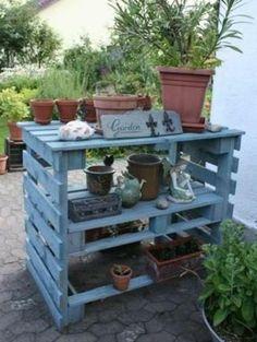 étagère en palette bois pot de fleurs                                                                                                                                                      Plus