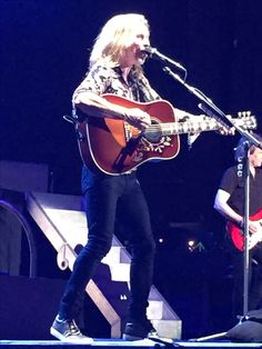 Styx opening for DEF LEPPARD Live Concert USANA Ut.