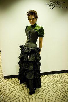 Steampunk Clothing Women | Steampunk Fashion - Dragon*Con Steampunk Fashion Show - Like it :)