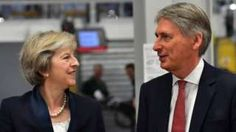 Theresa May 'has full confidence' in Philip Hammond