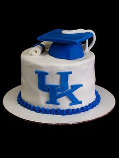 We just got another cake out the door. This one celebrating the graduation of a University of Kentucky student.