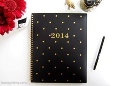 How to decorate a blank planner (or notebook) cover. Easy and chic!