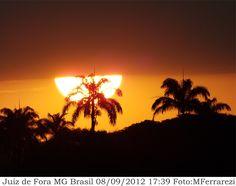 http://fotografiasferrarezi.blogspot.com/2012/09/por-do-sol-em-juiz-de-fora-mg-brasil.html