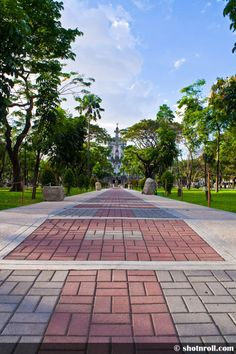 Snaps and photographs taken at the different spots of UST campus. Landscape, monochrome and self-portraits University Of Santo Tomas, Righteousness, Sidewalk, Landscape, Sidewalks, Landscaping, Pavement, Walkways