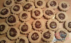 Sušenky s čokoládou a oříšky