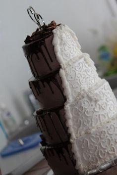 White & chocolate wedding cake.