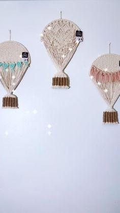 Macrame Wall Hanging Patterns, Macrame Art, Macrame Design, Macrame Projects, Macrame Patterns, Fiber Art, Balloons, Crochet, Craft Ideas