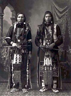 su-luna-llena:  Ralph Willet Dixey (Bannock tribe ), Peter Jim...