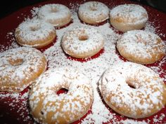 donuts for everyone . And also mmm I'd prefer a donut! Glazed or perhaps maple watering hole. Mini Donut Maker Recipes, Babycakes Donut Maker, Babycakes Recipes, Mini Donuts, Donuts Donuts, Dunkin Donuts, Chocolate Donuts, Chocolate Recipes, Chocolate Glaze