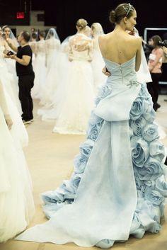 モニーク・ルイリエの2015コレクション♡人気ブランドの最新ドレスをCHECK!にて紹介している画像