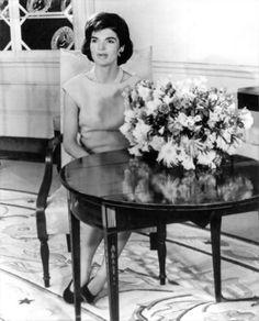 Jackie in 1961 Jaqueline Kennedy, Jacqueline Kennedy Onassis, John Kennedy, Mclean Virginia, Kennedy Quotes, John Fitzgerald, Classy Women, Classy Lady, Jfk