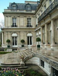 Ah...Parisian Architecture