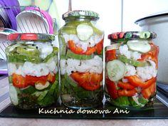 Kuchnia domowa Ani: Sałatka z kalafiorem, papryką i ogórkiem do słoików Pickles, Sushi, Ethnic Recipes, Food, Essen, Meals, Pickle, Yemek, Eten