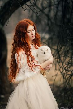 For those who want to design covers with the help of Picsart on Wattpad hazır to # Random # amreading # books # wattpad - Red Hair Fantasy Photography, Portrait Photography, Beautiful Redhead, Beautiful People, Foto Fantasy, Ginger Hair, Belle Photo, Redheads, Character Inspiration