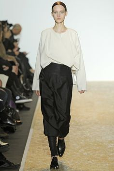 Ter et Bantine RTW Fall 2014 - Slideshow - Runway, Fashion Week, Fashion Shows, Reviews and Fashion Images - WWD.com