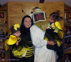 The Beekeeper and his Bees - DIY Family Costume