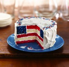Red, White and Blue Layered Flag Cake from Betty Crocker on http://www.spendwithpennies.com/red-white-and-blue-layered-flag-cake-from-betty-crocker/