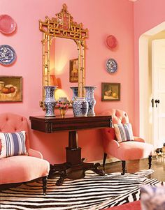 Love the symmetry with the mirror and of course the pink!
