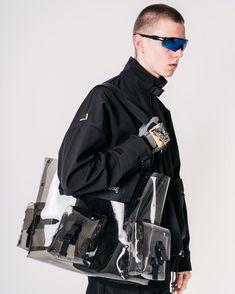 MenswearさんはInstagramを利用しています:「Bag by @render_pause cop or drop? | #NCLGallery」 Oakley Radar Ev, Menswear, Tech, Drop, Gallery, Bags, Fictional Characters, Instagram, Fashion