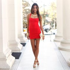 perfect little red dress...