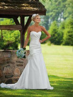 A Beautiful Wedding Dress<3