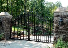 Driveway Gates | Entrance Gates | Heirloom Stair & Iron