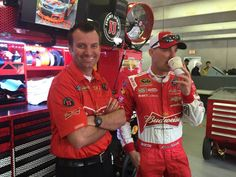 Rodney Childers and Kevin Harvick are cheesin' like it's their job  — at Texas Motor Speedway.-MM