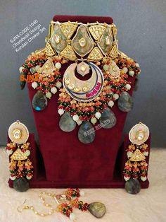 Kundan Jewellery Set, Indian Jewelry Earrings, Indian Jewelry Sets, Fancy Jewellery, Jewelry Design Earrings, Indian Jewellery Design, Royal Jewelry, Bridal Jewelry Sets, Bridal Jewellery