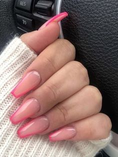 20 Adorable Pink Nails to Try in 2020 - The Trend Spotter Matte Pink Nails, Pink Manicure, Pink Acrylic Nails, French Acrylic Nails, Stylish Nails, Trendy Nails, Acylic Nails, Fire Nails, Minimalist Nails