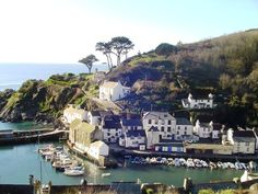 Renowned as one of the most beautiful villages in Cornwall, Polperro is a historic working Cornish fishing village virtually unspoilt by time. Surrounded by the natural beauty of the rugged rocky coast and deep blue sea,