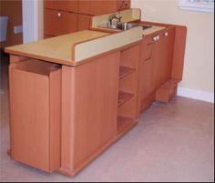 Table à langer ajustable en hauteur avec escalier escamotable (avec ou sans évier & robinetterie)
